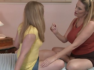 Unrestrained fingerfuck performed by dominate lesbian Laci Laine is must watch
