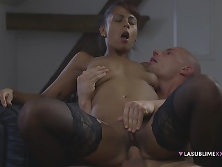 Ebony Generalized Isabella Chrystin Close to Stockings Gets Had Intercourse