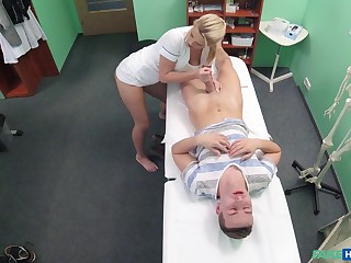 Tow-headed nurse Bianca Fererro spreads her legs and rides her patient