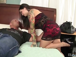 Salacious brunette with big melons coping with a eternal prick hardcore