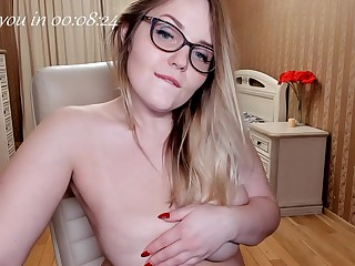 she is ready to show my her big on the level tits!