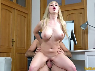 MILF swallows sperm after fucking at near a naughty casting